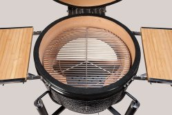 The split heat deflector stone offers 2 zone cooking capability