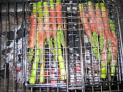 Easy Barbecue Recipe for Tapas Asparagus and Serrano Ham