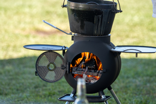 Dutch Oven Cooking On The Monolith Kamado