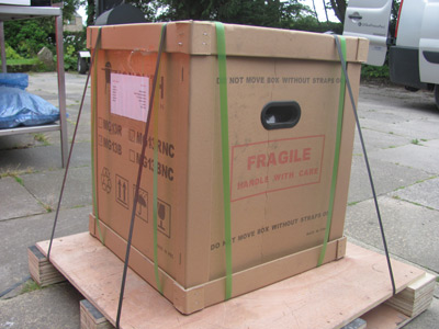 Monolith deliver your ceramic grill on a pallet