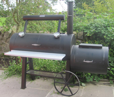 Wood fired off-set smokers
