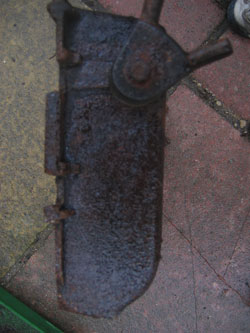 close up of the hinge mechanism