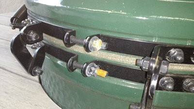 Rusty tension bolts on a showroom Big Green Egg